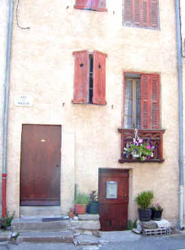 typical Provencale house - Annot