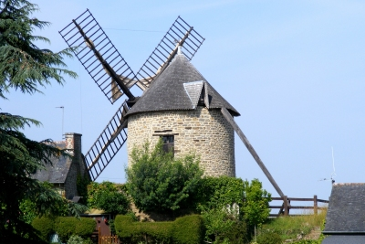 windmill on Mont Dol